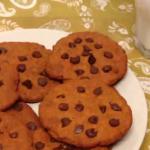[סרטון] עוגיות שוקולד צ׳יפס שאפשר לאכול בלי מצפון